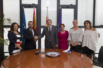 Conveni de col·laboració amb l'Ajuntament de Vila-real per a l'adhesió a la xarxa de municipis de la Fundació Isonomia
